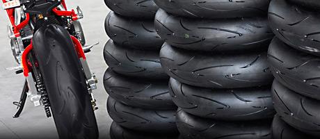 Test degli pneumatici per moto - Pneumatici Sport 2014!