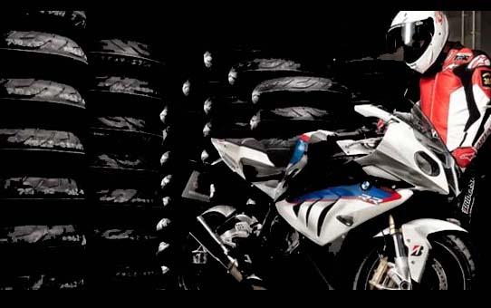 RoadAttack 3 Continental vince la prova comparativa di Motorrad